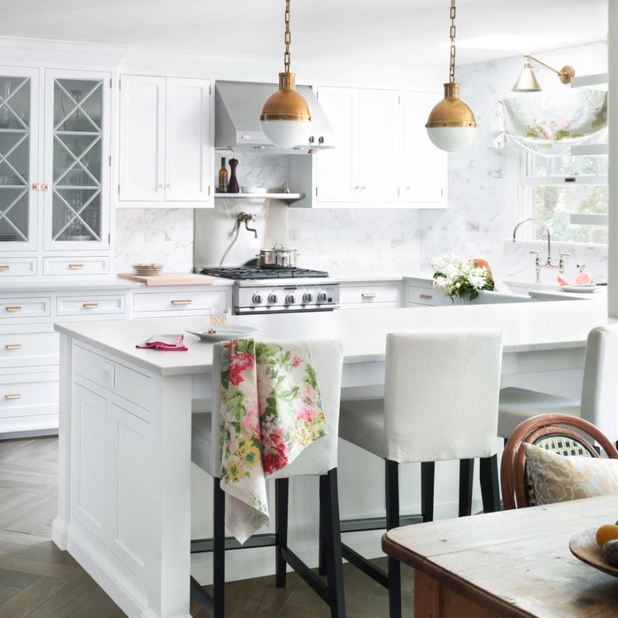 White Kitchen Lighting Ideas
