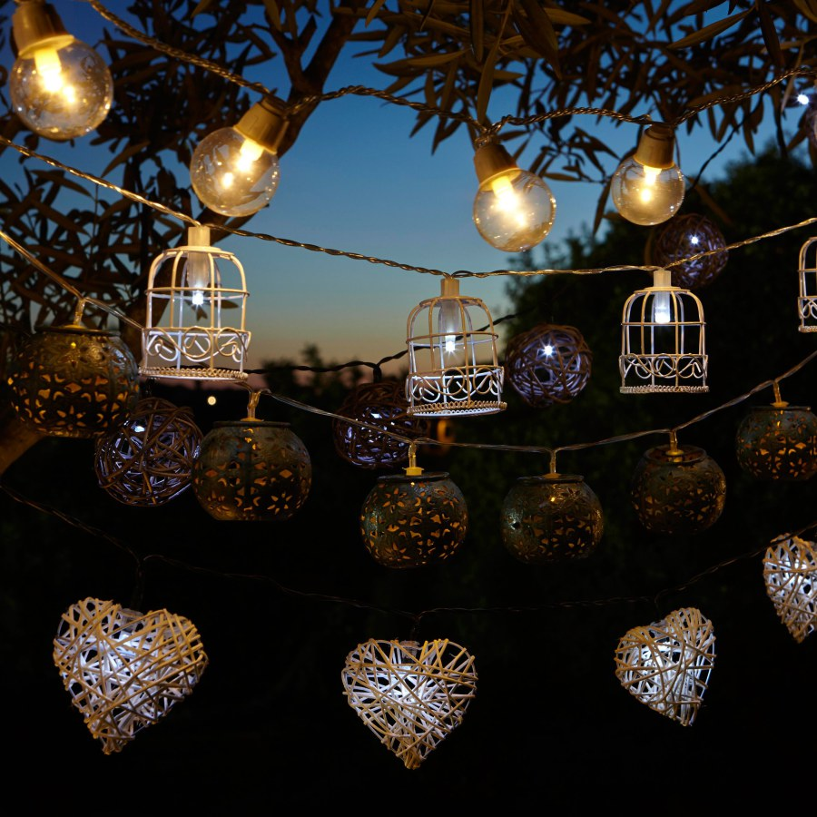 Outdoor Hanging Bulb, Cage and Heart Lighting Ideas